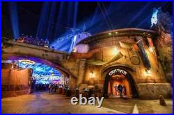 DARTH VADER Legacy Lightsaber Hilt Star Wars Galaxy's Edge Disneyland FREE GIFT