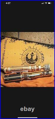 Disney SKYWALKER LEGACY LIGHTSABER SET Luke Leia STAR WARS Galaxy's Edge LE 3000