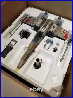 EFx LUKE SKYWALKER'S X-WING Studio Scale signed by Mark Hamill Star Wars
