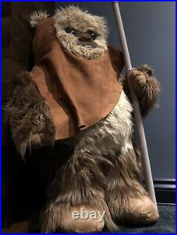 STAR WARS LIFE SIZE EWOK Wicket. Officially licensed Merchandise